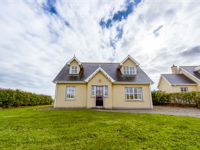 Photo for Detached  Spacious Cottage On The Wild Atlantic Way and The Loop Head Peninsula