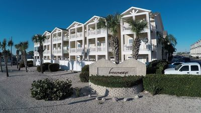 Photo for NEWLY REMODELED 3 Story Place, Near Beach, Poolside, 2 Balconies Overlook Pool