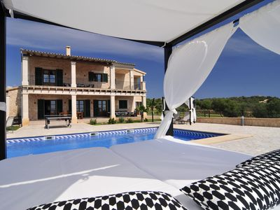 Photo for Luxurious Villa with pool, BBQ, swings, tennis court, Voleyball court, Gym