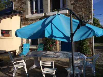 Photo for cottage Breton countryside 6 to 8 places-35 minutes from beaches and many sites to visit