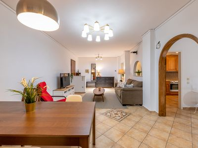 Photo for Top family flat in great Marousi location!