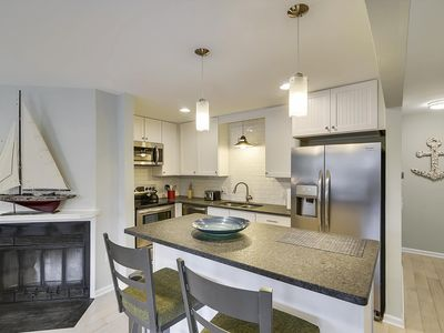 Photo for LINENS INCLUDED*! DAILY Activities. RENOVATED/ 3 NIGHT MINIMUM/ DEWEY BEACH/WIFI/GAS GRILL!-Very nice 3BR, 2 Bath townhouse located in Dewey Beach, Bayside. Sleeps 6. NO SMOKING, NO PETS!