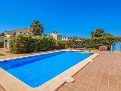 Photo for Air-Conditioned Holiday Home with Pool, Garden, Terrace, Balcony & WLAN; Parking Available