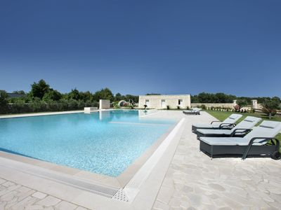Photo for Villa with swimming pool and outdoor spaces shared in Borgagne