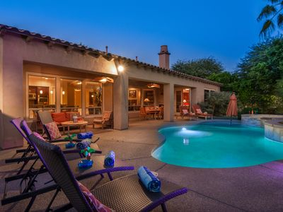 Photo for 5BR/4.5BATH Spacious Pool Vacation Home-Walking Distance to Music Festivals!