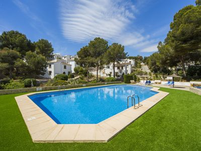 Photo for Villa with communal pool and walking distance to the beach