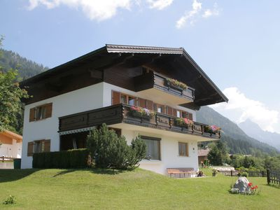 Photo for 1st floor appartment in Tirol's officially sunniest village