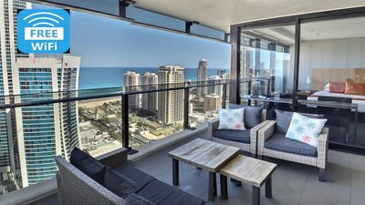Photo for Sky High Ocean View, Centre of Surfers Paradise