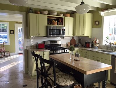 Fully equipped kitchen opened to dining room