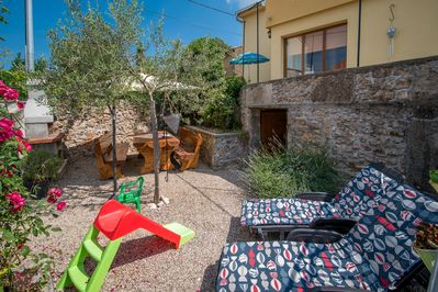 Attractive rustic Holiday house - private jacuzzi, spacious balcony and terrace, beautiful view - 3