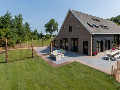 Photo for Very luxurious holiday home in beautiful Zeeland style, suitable for 7 people