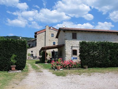 Photo for Relaxing country house with pool just two minutes from Lake Garda