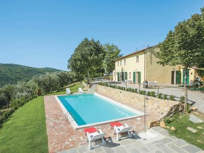 Photo for 4 bedroom Villa, sleeps 8 in Luchetta with Pool, Air Con and WiFi