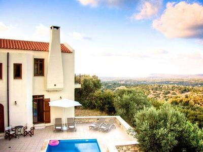 Photo for Holiday house Rethymno for 6 - 10 persons with 5 bedrooms - Farmhouse