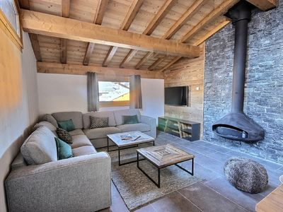Photo for CHALEUREUX APARTMENT DUPLEX 10 PEOPLE IN A NEW CHALET ON THE TRACKS