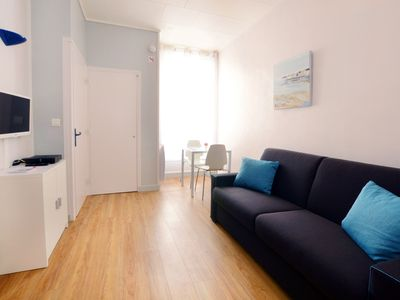 Photo for Bellecour, very well-appointed studio with balcony