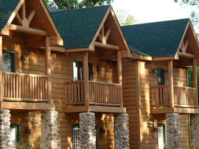 Photo for Starved Rock Cabin - Near Illinois River, Wineries, Restaurants & More!