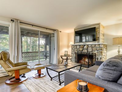 Photo for Dog-friendly condo at the base of Sugar Mountain w/ balcony & porch swing!