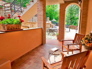 Charming country apartment with stunning views*Pool*BBQ  -  IL CASTAGNO