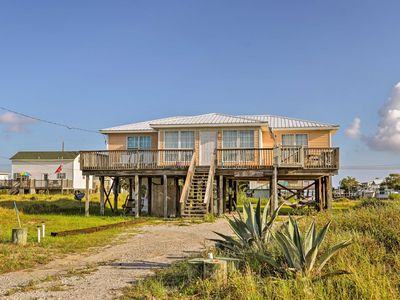 Photo for Lovely Dauphin Island Cottage w/ Deck & Gulf Views