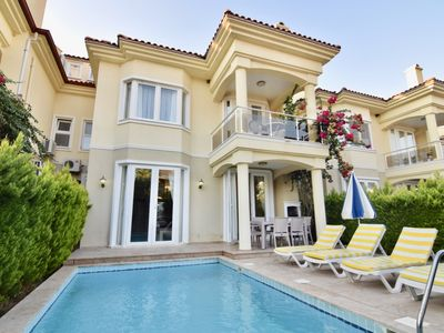 Photo for 5 bedroom stunning villa Starfish 3 waiting for huge families