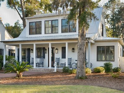 Photo for Montage | Palmetto Bluff |FULL AMENITIES|Classic Décor|First Floor Master Suite
