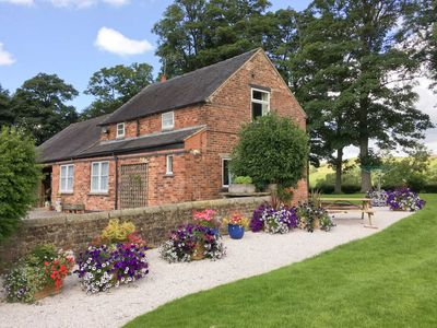 Photo for 2 bedroom accommodation in Ilam, near Ashbourne