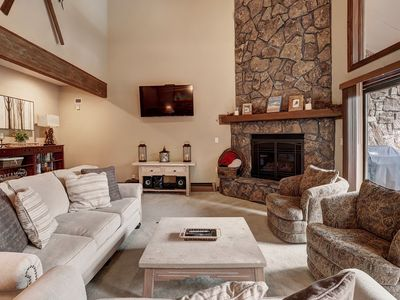 Photo for Beautifully Remodeled 4 Bedroom Townhome With Private Hot Tub!  Minutes to River Run Village