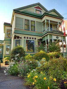 Queen Anne Style built in 1893