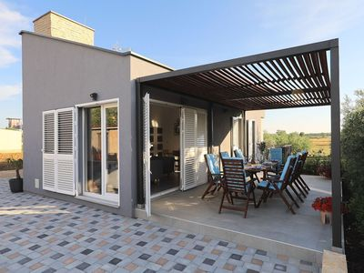 Photo for Modern countryside villa 7km from sea, private swimming pool, lovely guesthouse