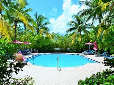 Photo for P39 - Charming 3 bedroom condo with pool and dockage.