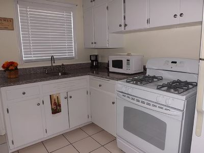 Photo for 2BR – Cozy Getaway in Bohemian Lake Worth