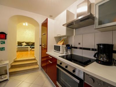 Photo for Apartment Anita in Opatija/Volosko - 3 persons, 1 bedrooms