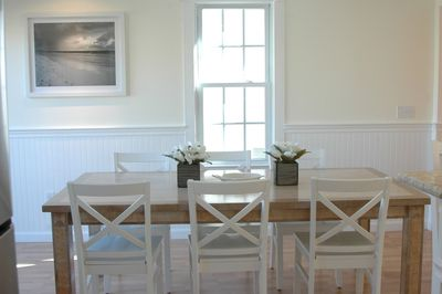 Spacious dinner seating for up to 8 guests
