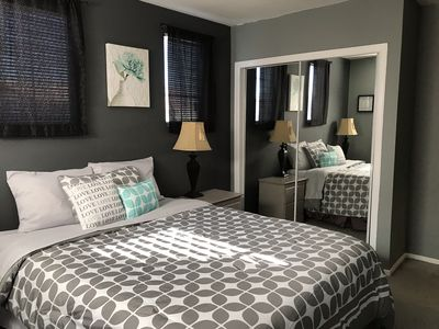 Photo for Beautiful Cozy Home Minutes from Strip!