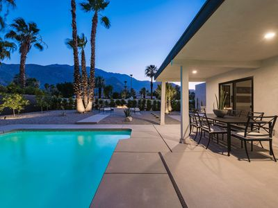 Photo for Gorgeous and Elegant House in sunny Palm Springs