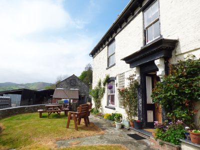 Photo for ARLLEN FAWR, pet friendly in Llanrhaeadr-Ym-Mochnant, Ref 947533