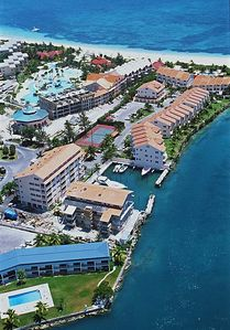 Aerial view of Bell Channel Club & Marina