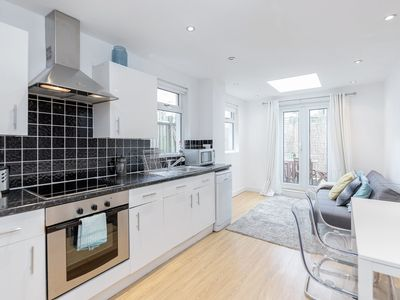 Photo for Clapham Common - 2bed flat with patio