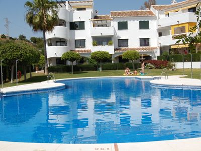 Photo for Two bedroom apartment in a quiet complex with pool and beautiful gardens.