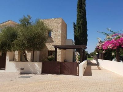 Photo for Stunning luxury 3 bed golf villa with heated pool!