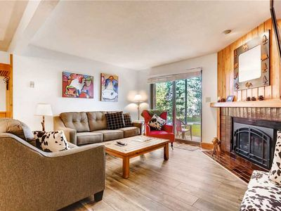 Photo for 2 Bedroom Condo w/Onsite Pool, Hot Tubs, Tennis Court, Sauna & More!