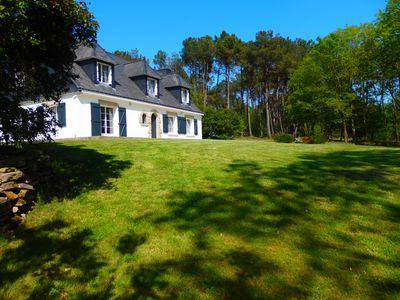 Photo for Nice listed house, facing south, less than 5 minutes from the entrance of Vannes.