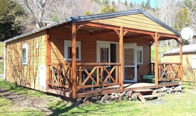 Photo for Chalet 6 pers. terrace, garden, in *** campsite quiet, greenery, swimming pools