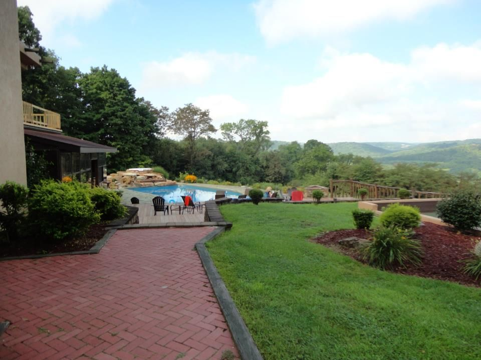 Welcome to the Beautiful Laurel Ridge Lodge! Contact us to book ...