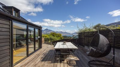 Photo for 5BR House Vacation Rental in Queenstown Hill, Queenstown