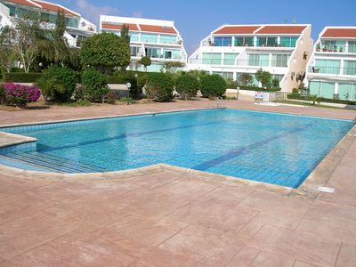 Photo for Luxury top floor apartment with wifi and swimming pool, near the sea