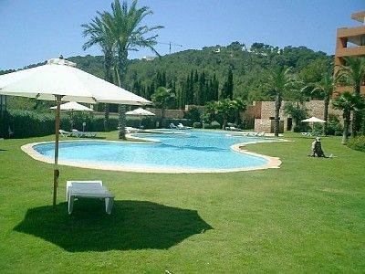 Photo for Luxurious Apartment wit pool, terrace, Golf course views near the beach