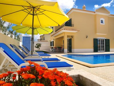 Photo for Charming Villa in residential area with private pool near sea