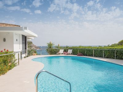 Photo for Fantastic villa by the sea